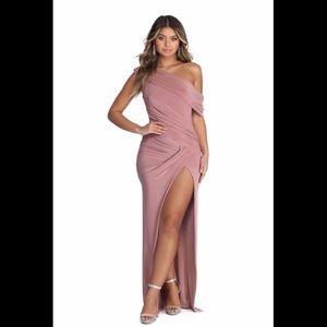 Formal Windsor Gown NWT